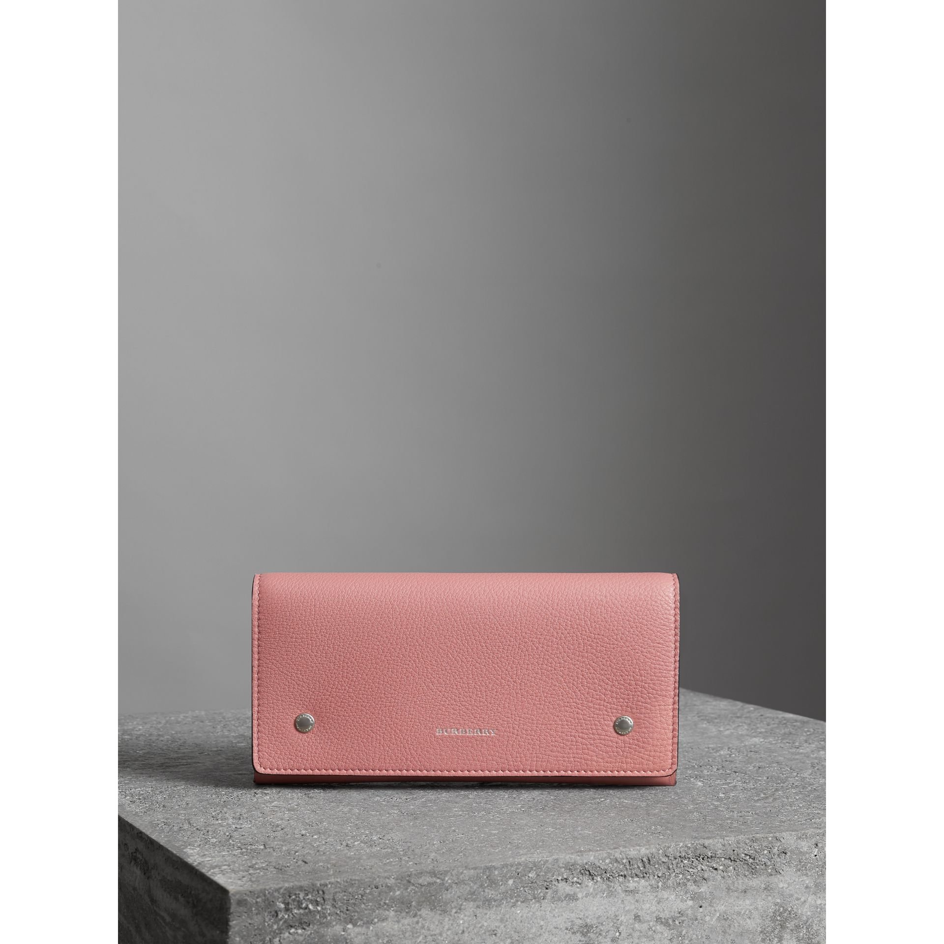 Two-tone Leather Continental Wallet in Dusty Rose - Women | Burberry - gallery image 4