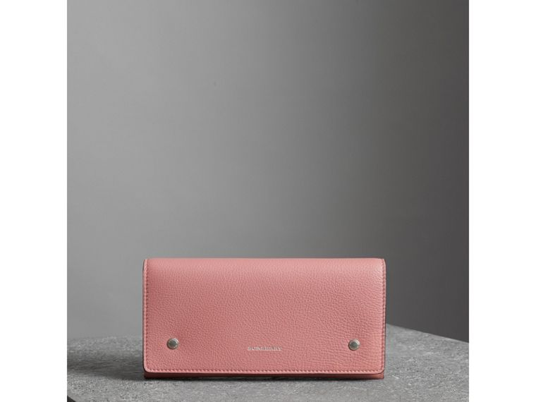 Two-tone Leather Continental Wallet in Dusty Rose - Women | Burberry - cell image 4
