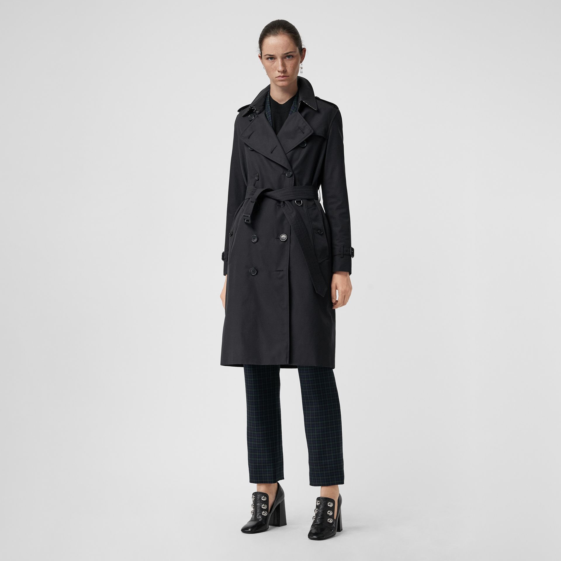 The Long Kensington Heritage Trench Coat in Midnight - Women | Burberry United States - gallery image 0