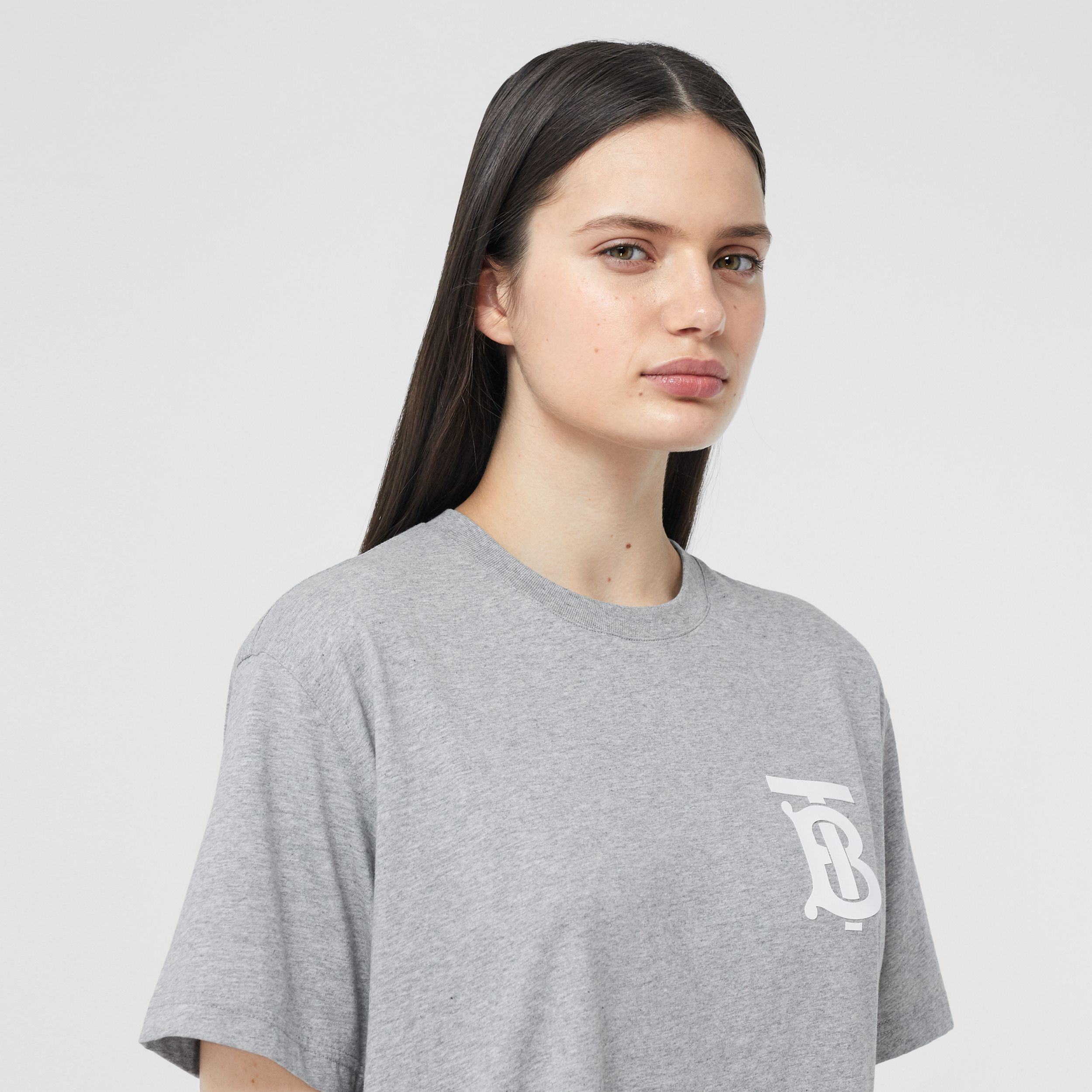 Monogram Motif Cotton Oversized T-shirt in Pale Grey Melange - Women | Burberry - 2