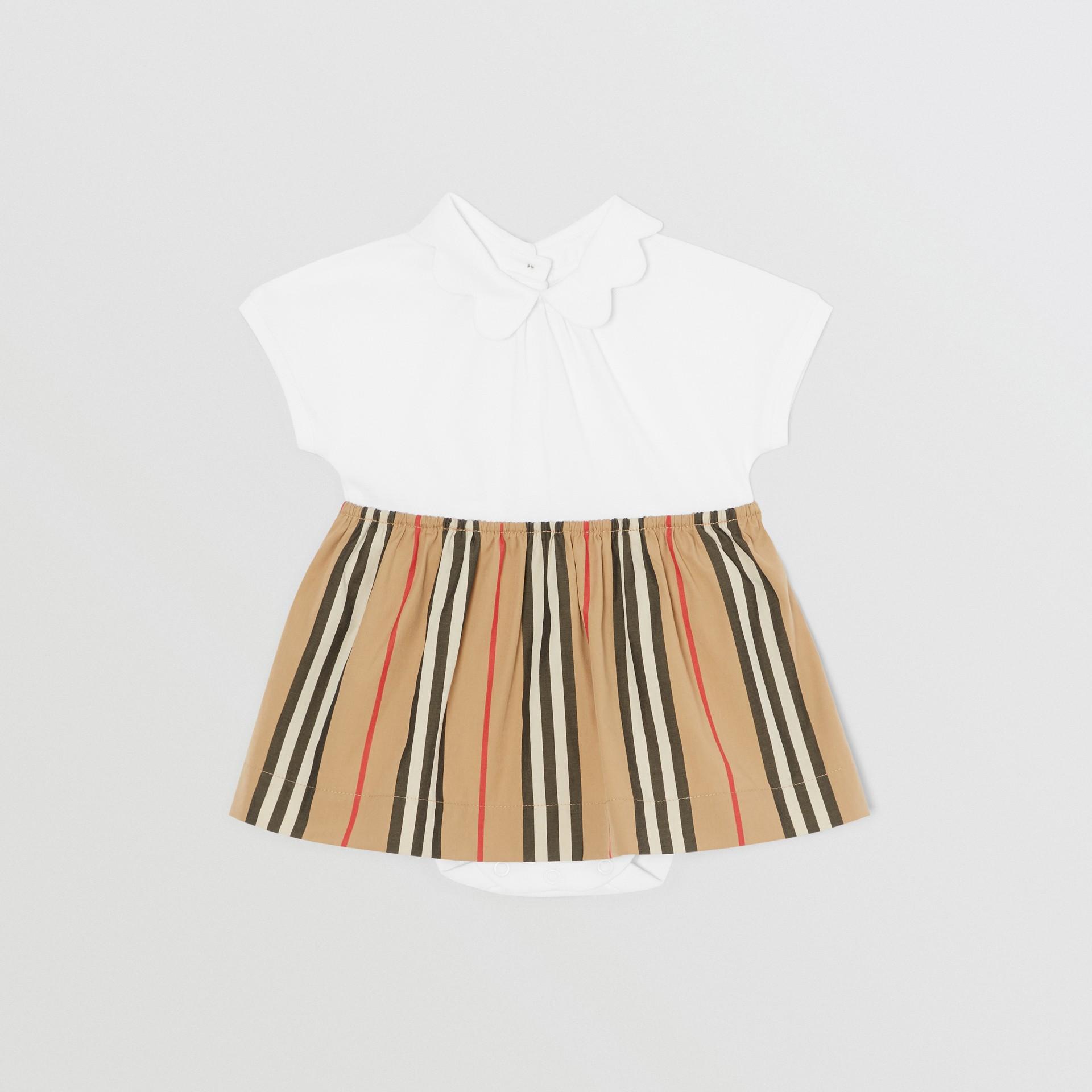Body in cotone piqué con gonnellina con iconico motivo a righe (Bianco) - Bambini | Burberry - immagine della galleria 0