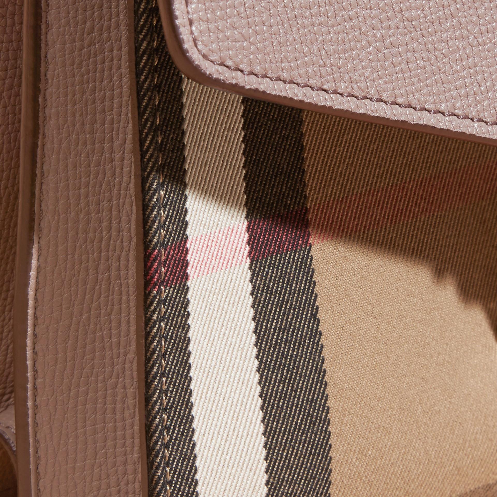 Gris chardon Petit sac à bandoulière en cuir et coton House check Gris Chardon - photo de la galerie 6