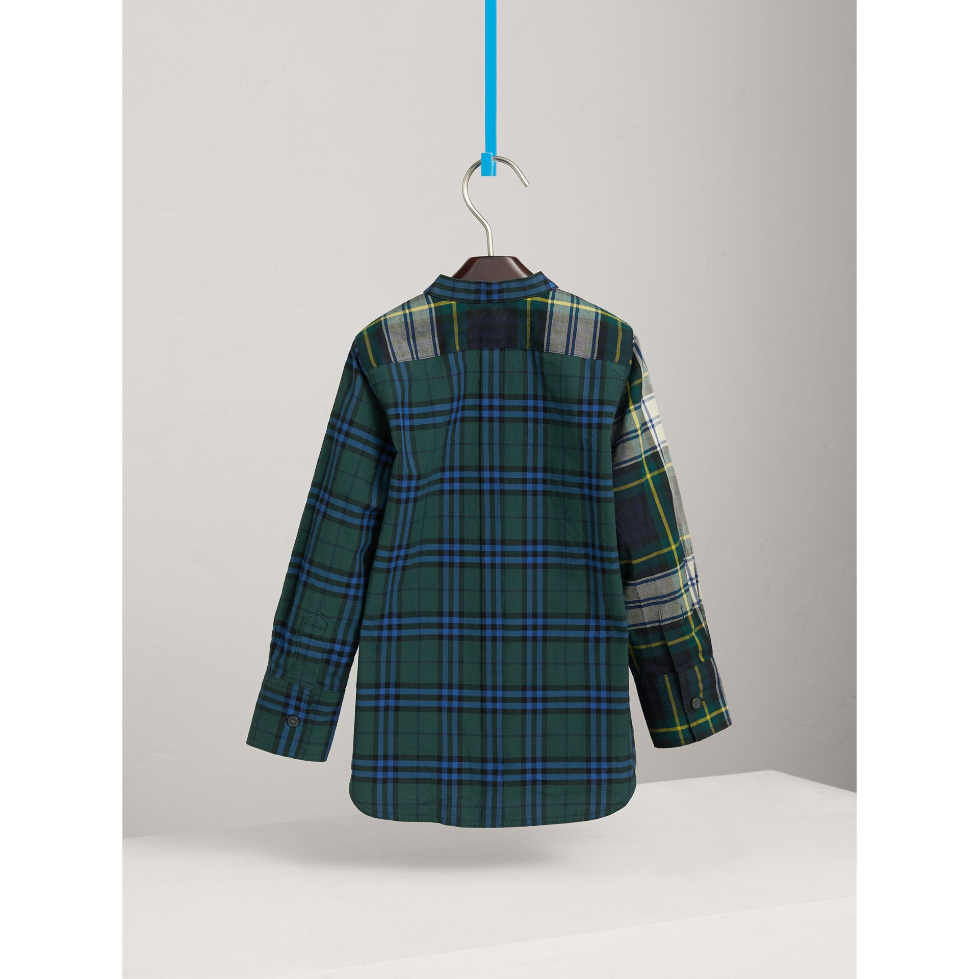 Panelled Tartan and Check Cotton Poplin Shirt in Forest Green | Burberry - gallery image 3