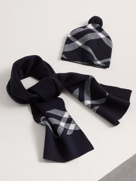 Check Cotton Cashmere Two-piece Gift Set in Navy