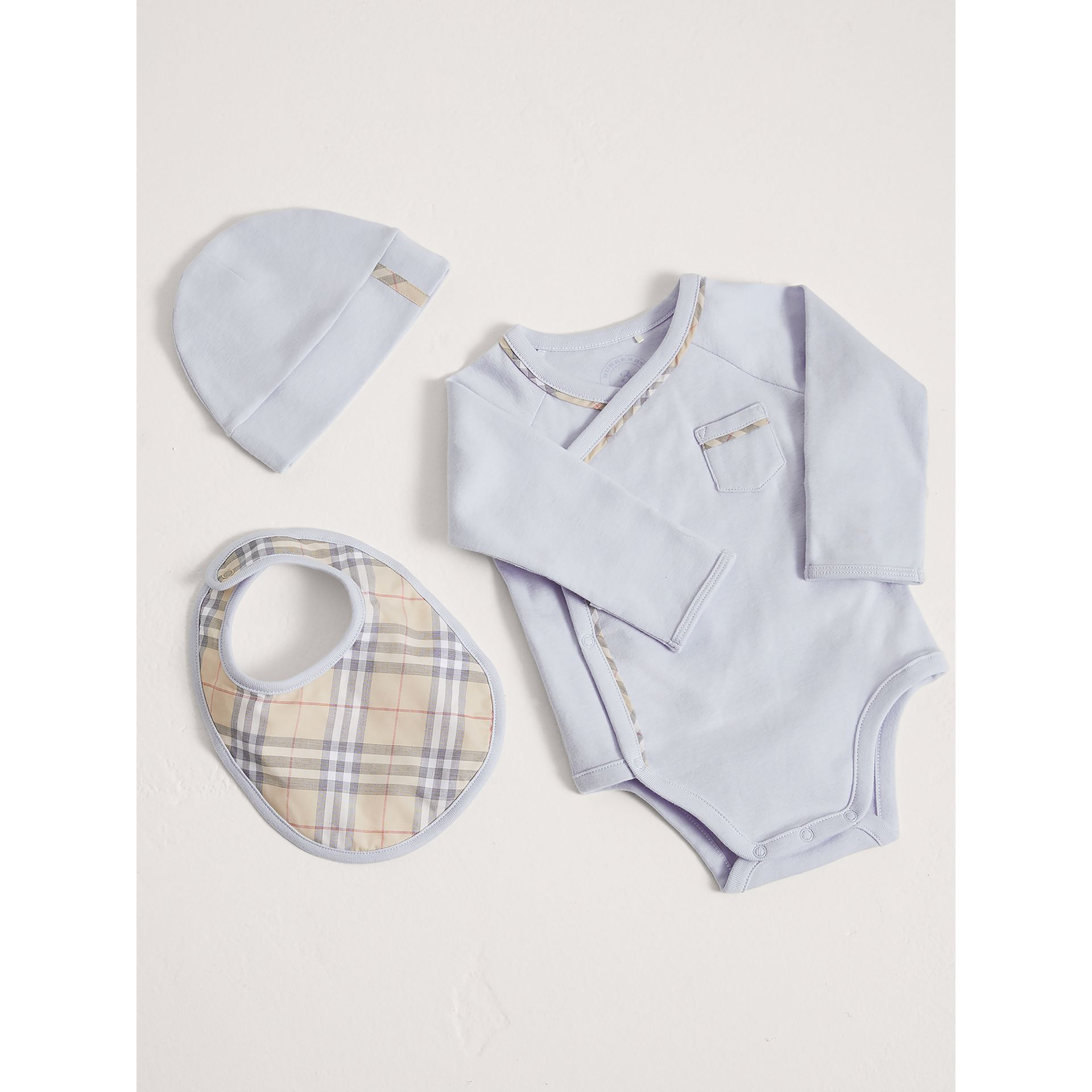 Check Cotton Three-piece Baby Gift Set in Ice Blue | Burberry Singapore - gallery image 0
