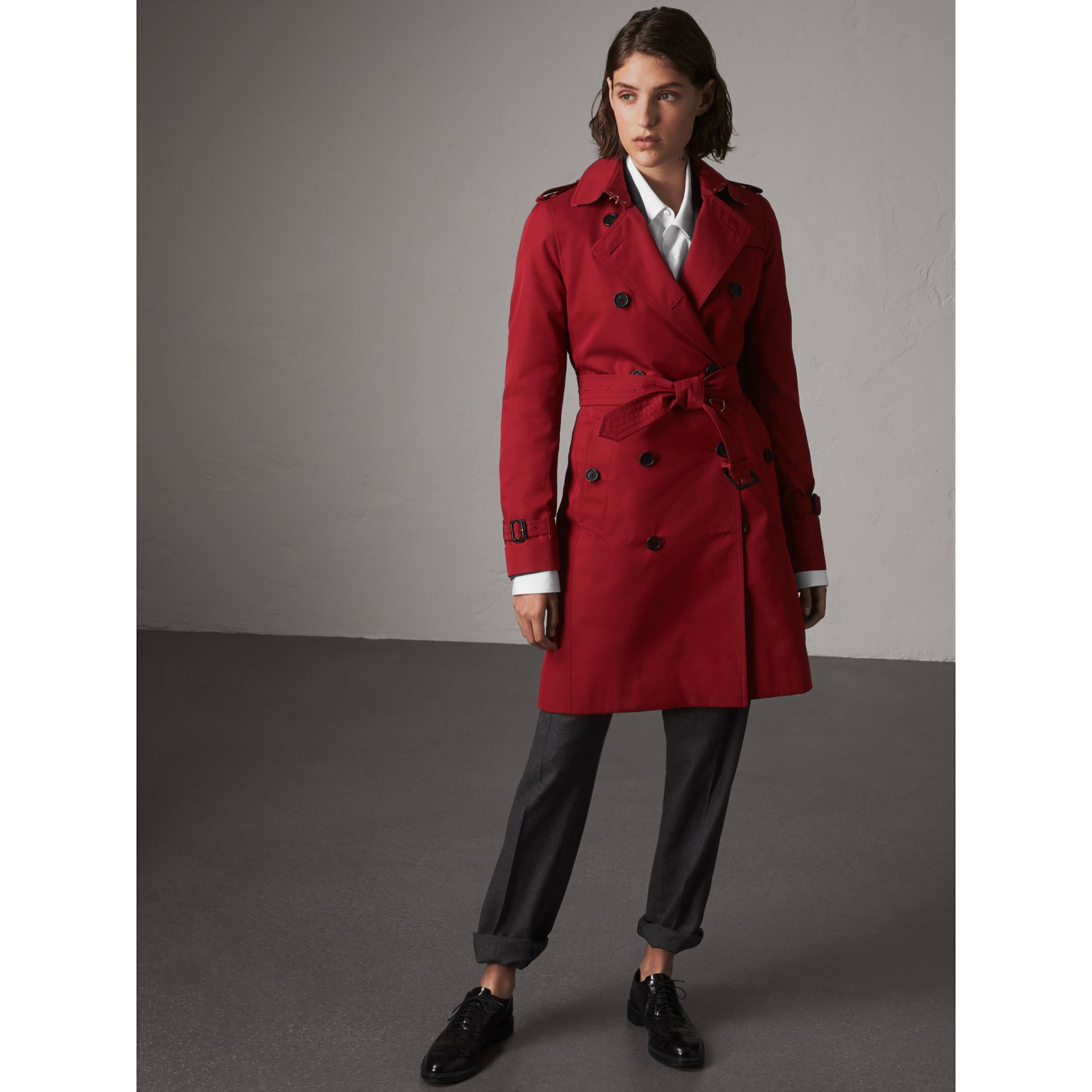 The Kensington – Long Trench Coat in Parade Red - Women | Burberry - gallery image 6