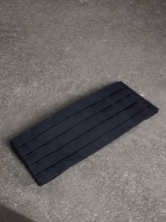 Pleated Silk Cummerbund in Midnight