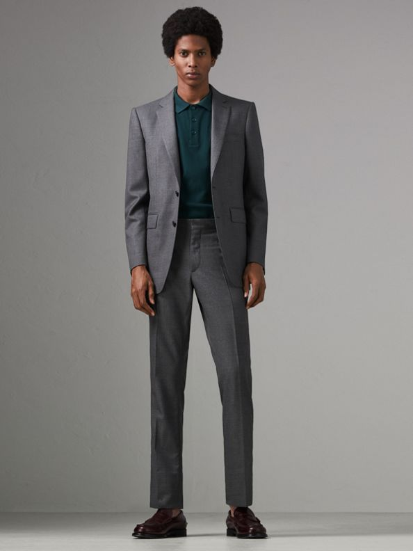 Modern Fit Sharkskin Wool Suit in Mid Grey Melange