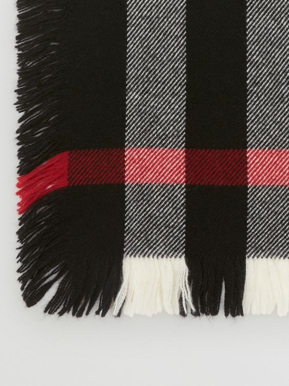 Fringed Check Wool Scarf in Black | Burberry - cell image 1