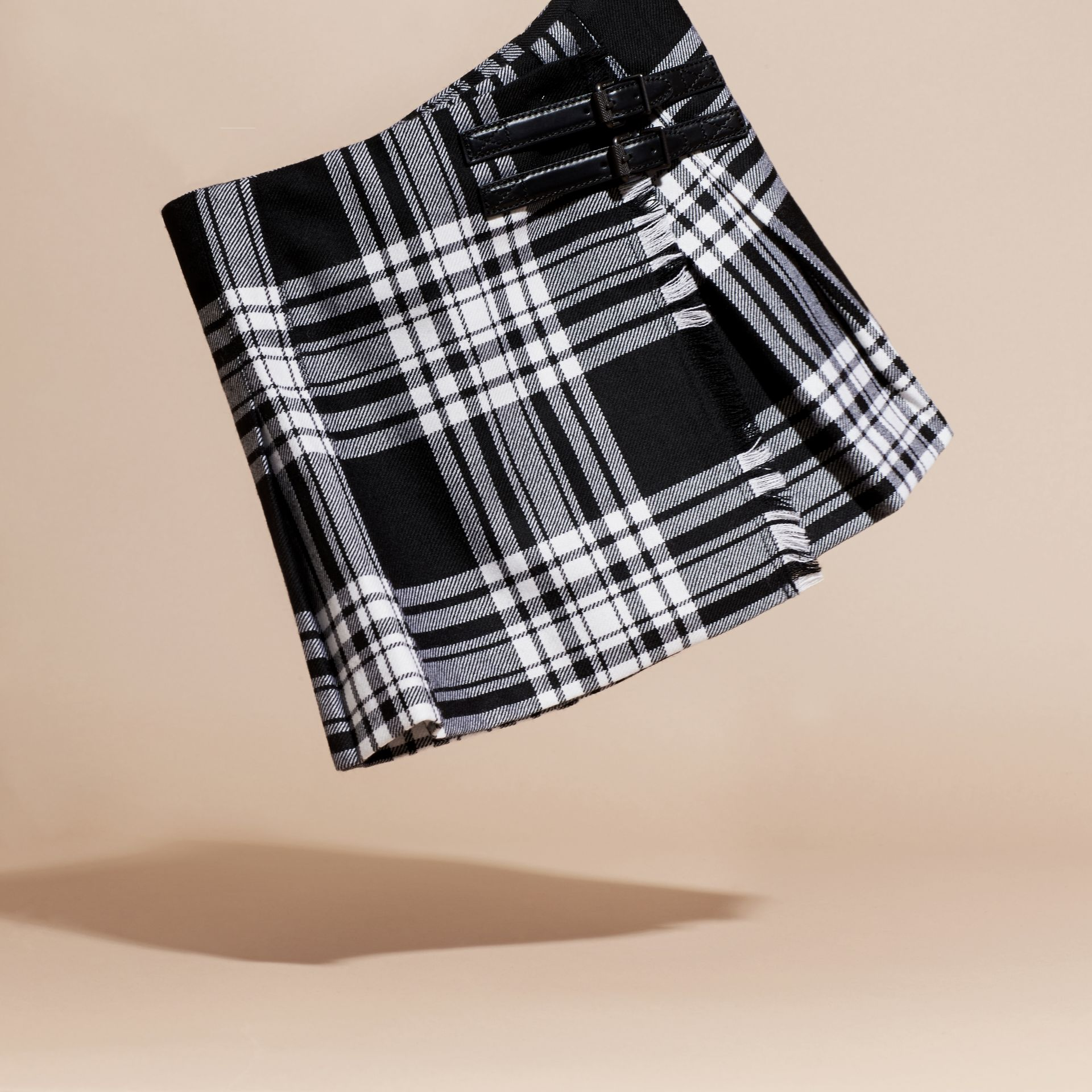 Black/white Check Wool Kilt - gallery image 3