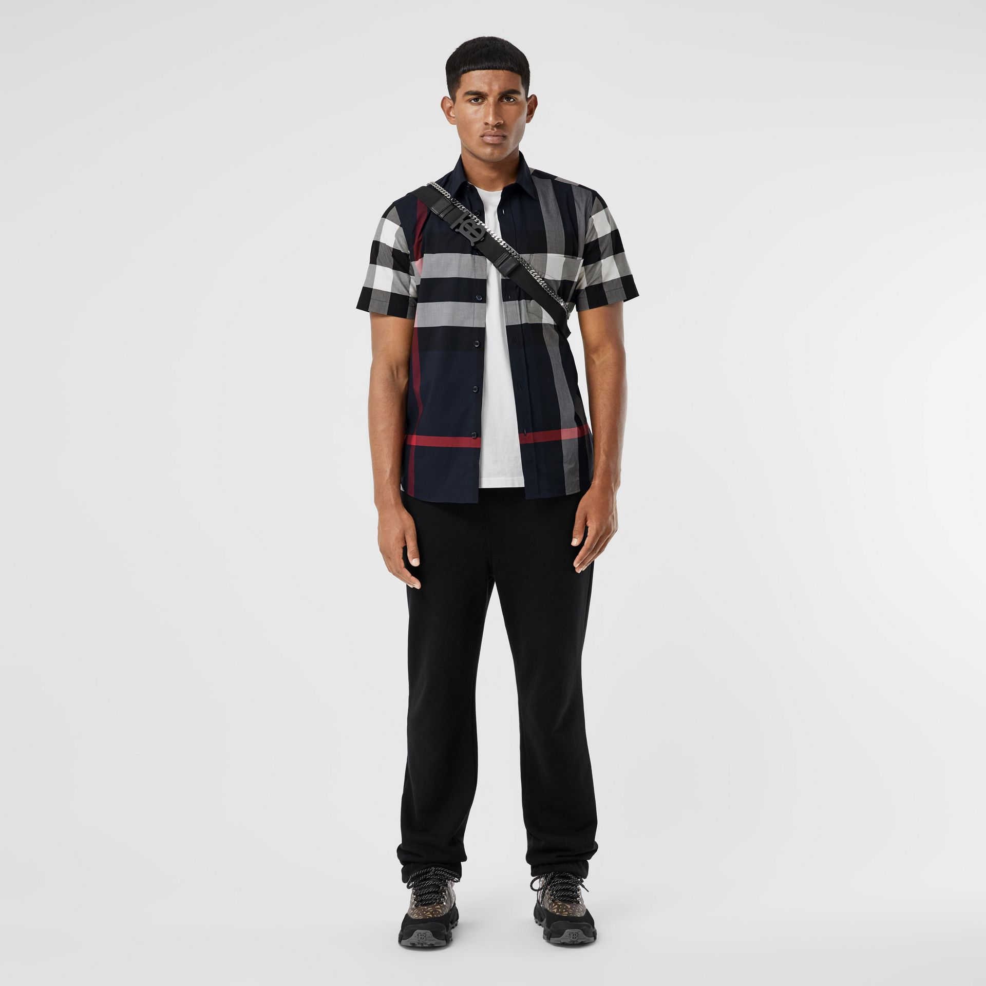 Short-sleeve Check Stretch Cotton Poplin Shirt in Navy - Men | Burberry - gallery image 0