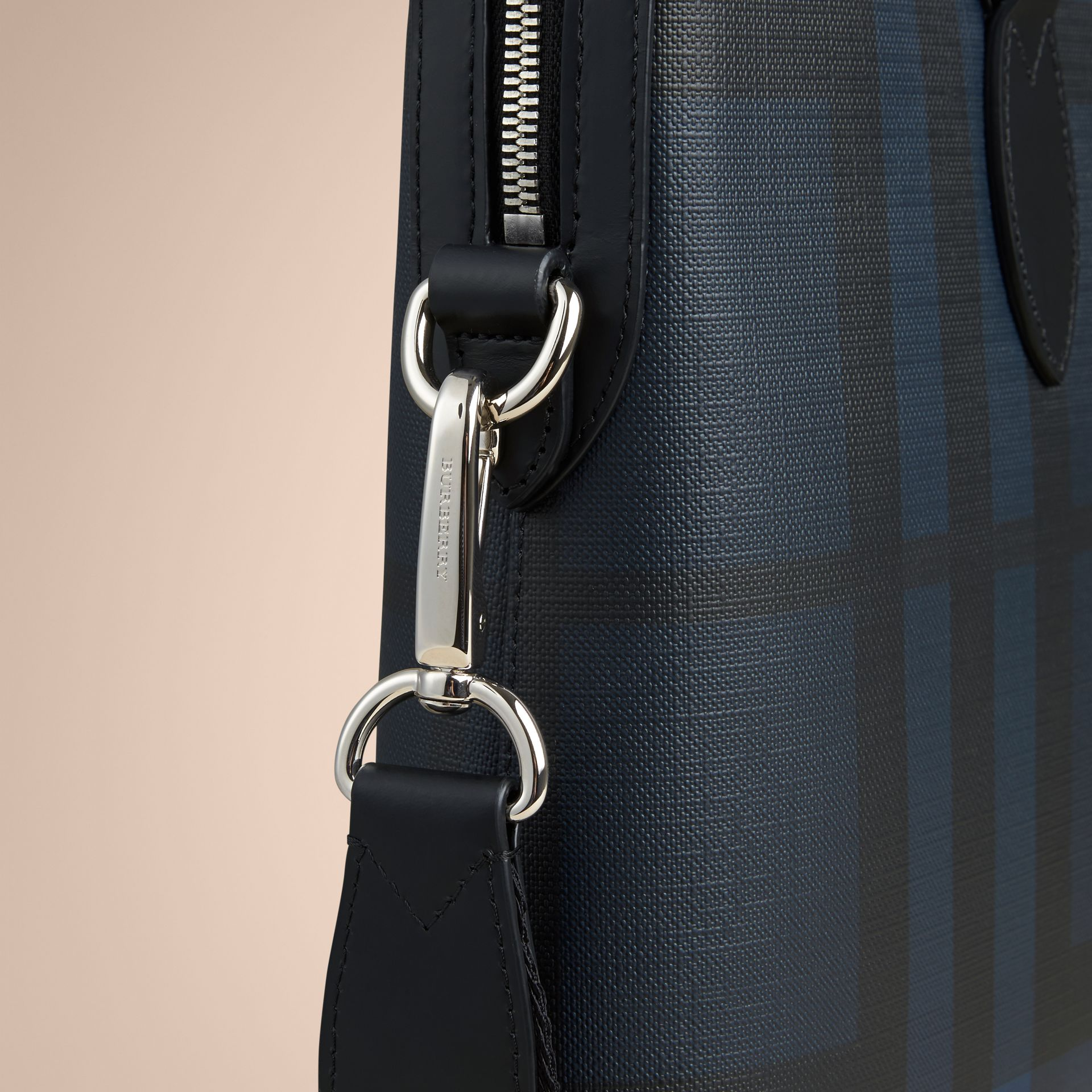 The Barrow in London Check in Navy/black - Men | Burberry United Kingdom - gallery image 4