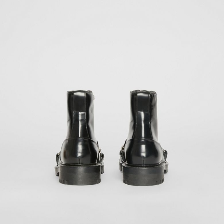 Burberry - Bottines à lacets en cuir avec chaîne - 5