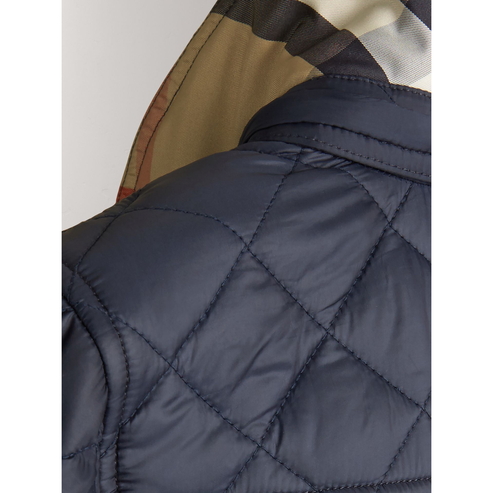 Detachable Hood Lightweight Quilted Jacket in Ink Blue - Boy | Burberry - gallery image 3