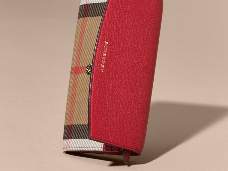 House Check And Leather Continental Wallet in Military Red - cell image 4