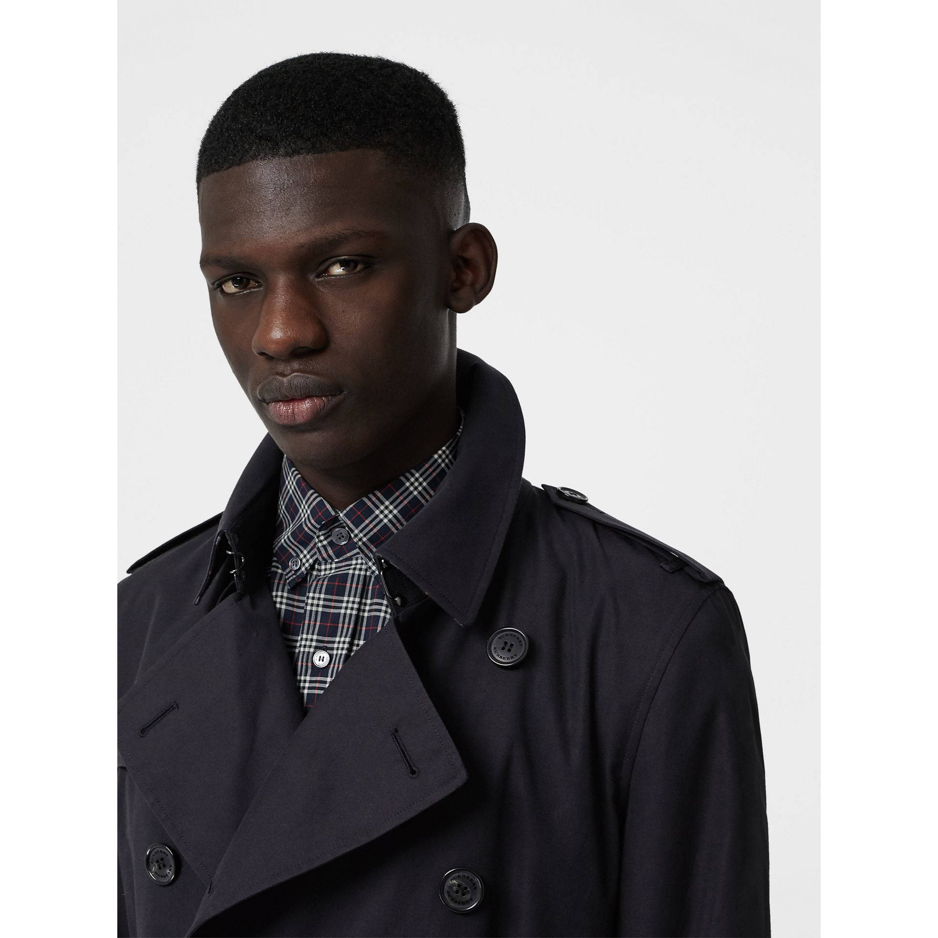 Archive Logo-lined Cotton Gabardine Trench Coat in Midnight Navy - Men | Burberry - gallery image 6
