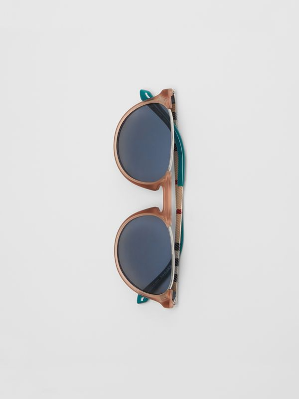 Keyhole Pilot Round Frame Sunglasses in Nude - Men | Burberry United Kingdom - cell image 3
