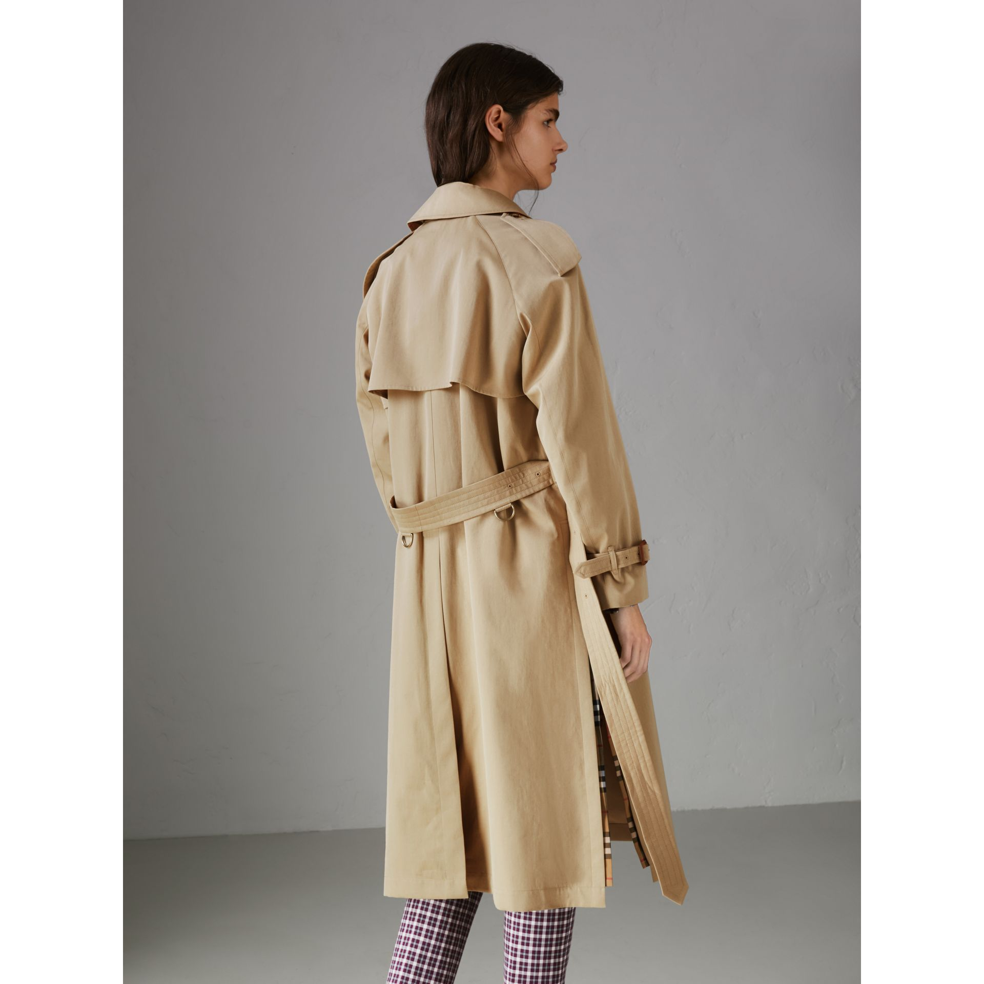 Side-slit Tropical Gabardine Trench Coat in Oatmeal - Women | Burberry United States - gallery image 2