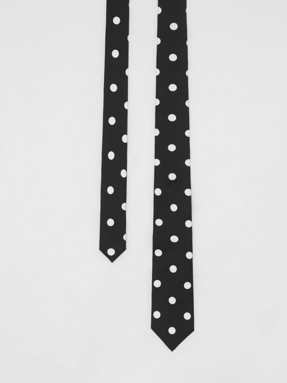 Slim Cut Spot Print Silk Tie in Black