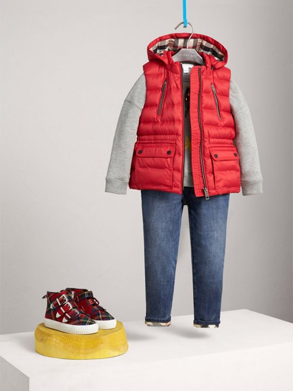 Detachable Hood Down-filled Gilet in Bright Cherry Red