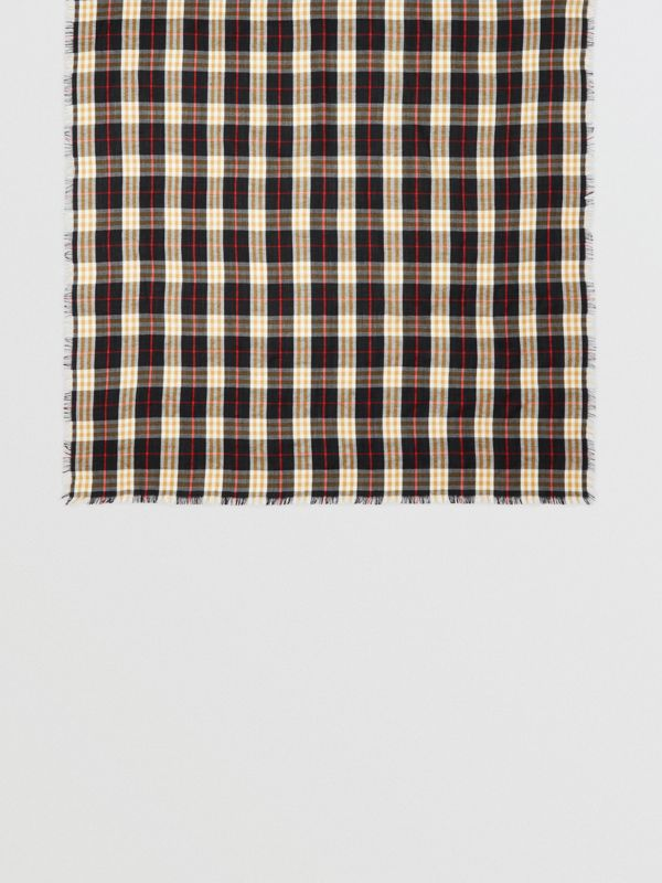 Vintage Check Lightweight Cashmere Scarf in Black | Burberry - cell image 3