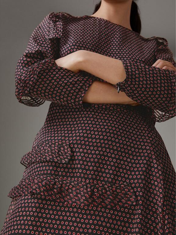Abito in seta a maniche lunghe con stampa a pois e dettagli arricciati (Rosso Parata) - Donna | Burberry - cell image 1