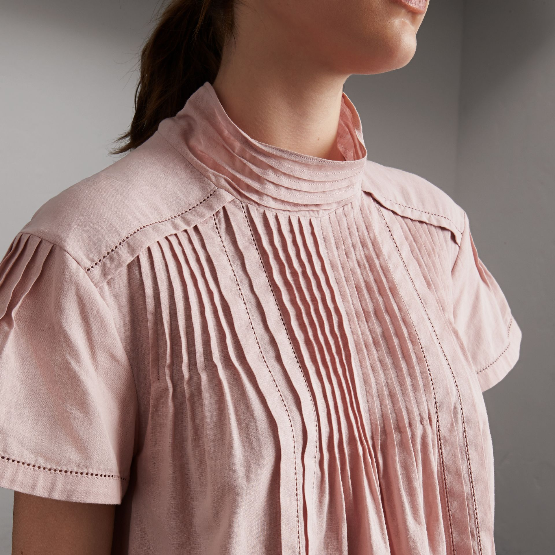 Pintuck Pleated Linen Cotton Dress in Thistle Pink - Women | Burberry Hong Kong - gallery image 3