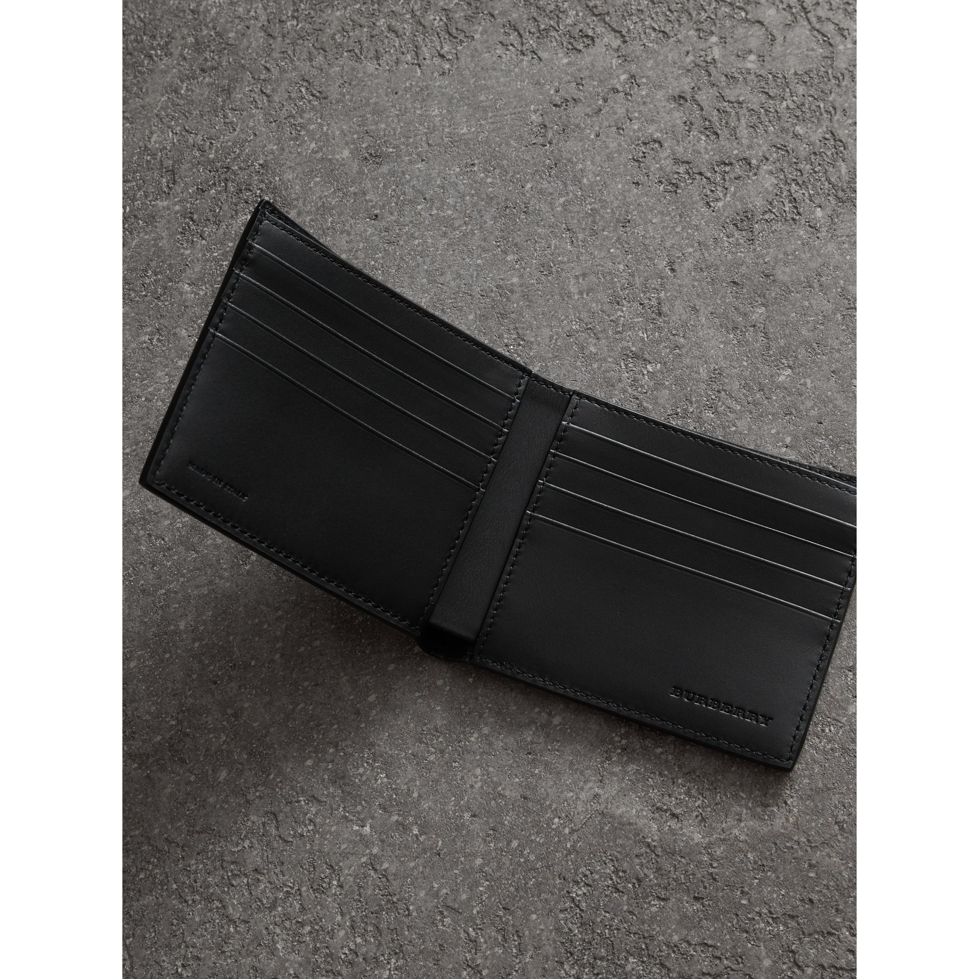 Grainy Leather International Bifold Wallet in Black - Men | Burberry United Kingdom - gallery image 3