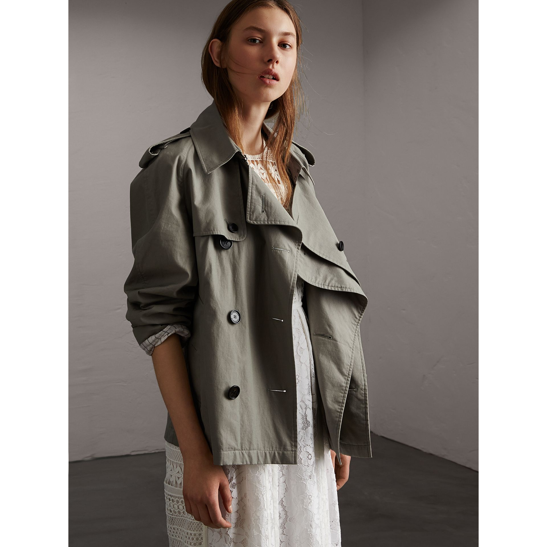 Unisex Tropical Gabardine Trench Jacket in Slate Green - Women | Burberry Singapore - gallery image 6