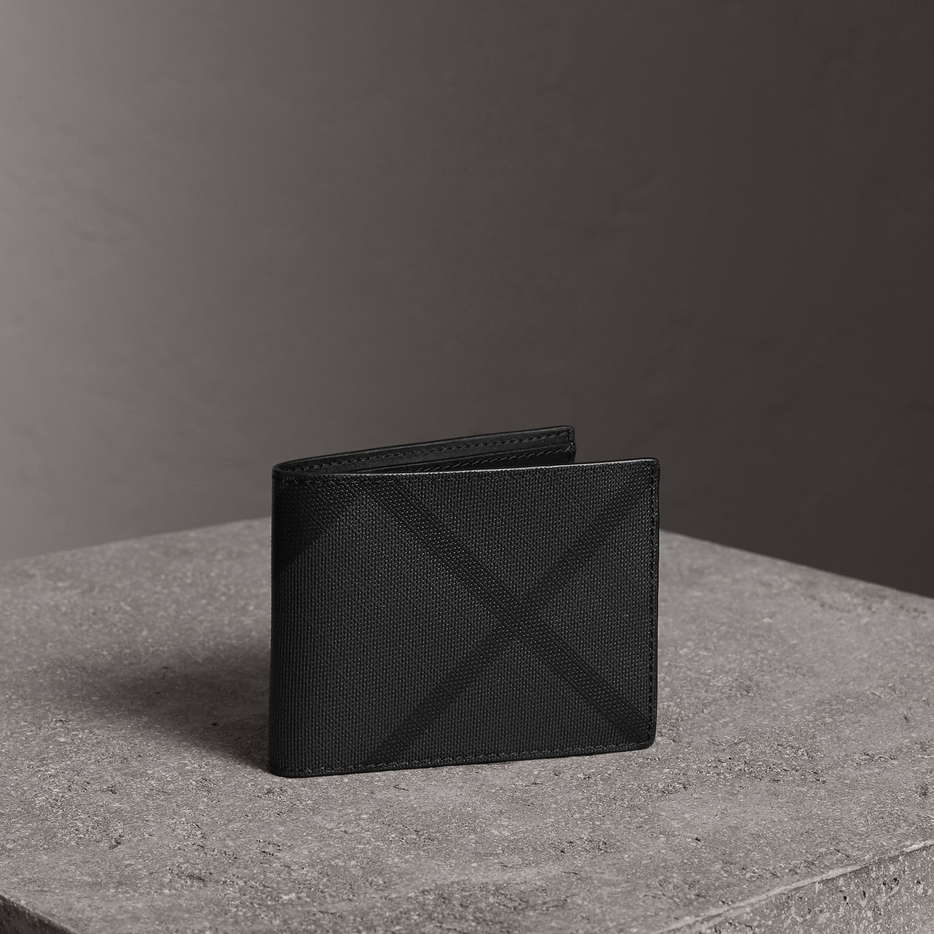 London Check Bifold Wallet in Charcoal/black - Men | Burberry United States - gallery image 0