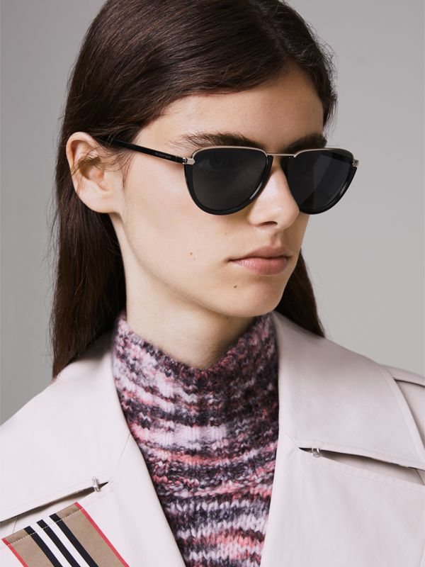 Half Moon Pilot Round Frame Sunglasses in Black - Women | Burberry United Kingdom - cell image 2