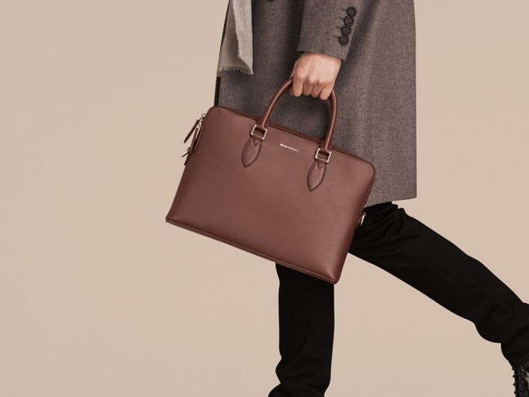 White/sepia brown The Slim Barrow Bag in Smooth Leather - cell image 1