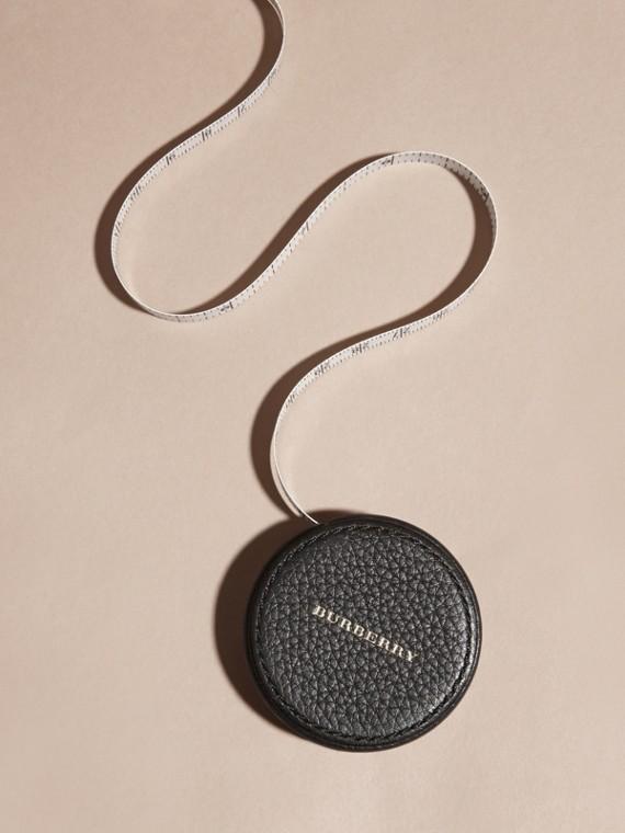 Preto Fita métrica com estojo de couro granulado - cell image 2