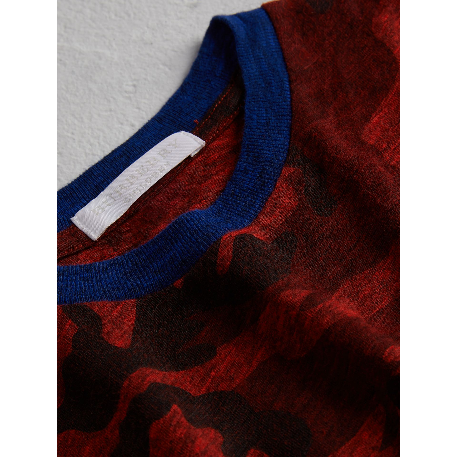 Camouflage Print Jersey T-shirt in Red | Burberry - gallery image 1