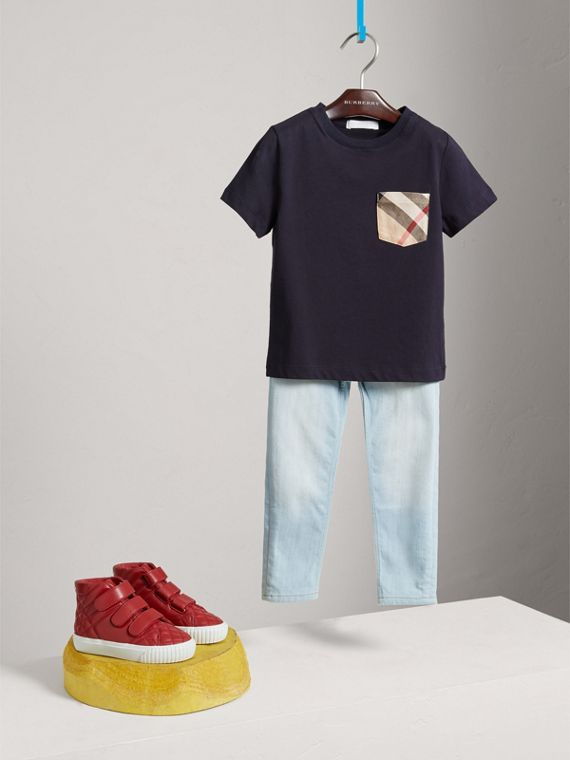 Check Pocket Cotton T-shirt in True Navy - Boy | Burberry United States - cell image 2
