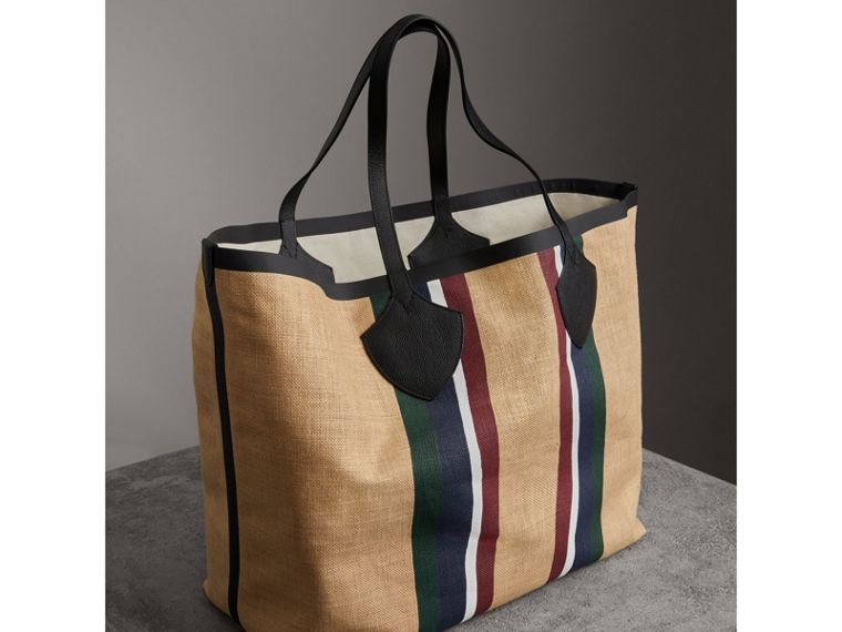 The Giant Tote in Striped Jute in Black - Women | Burberry United Kingdom - cell image 4