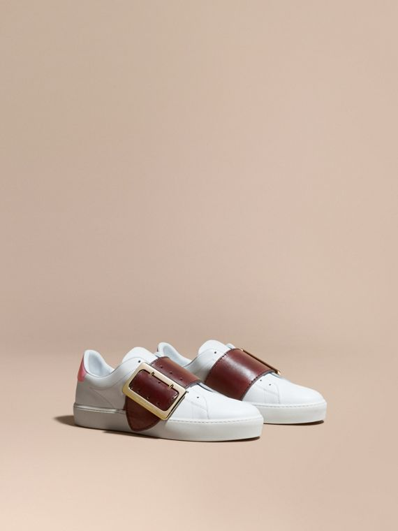 Buckle Detail Leather Trainers Optic Wh/cerise Purp