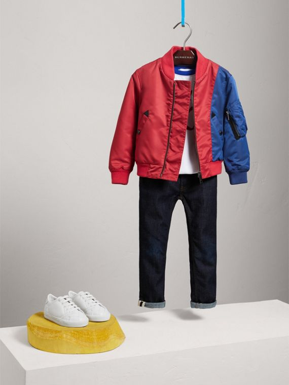 Leichte Bomberjacke im Colour-Blocking-Design (Korallenrot) - Jungen | Burberry - cell image 2