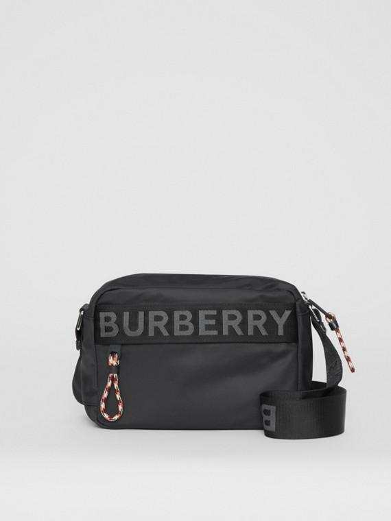 Crossbody-Tasche mit Logodetail (Schwarz)