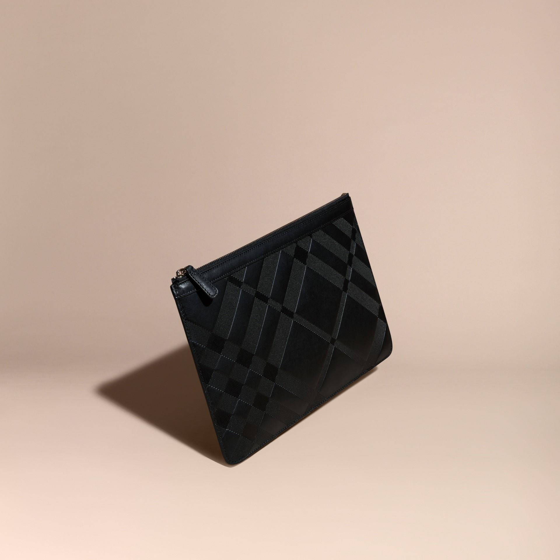 ブラック チェックエンボスト レザーポーチ ブラック - ギャラリーイメージ 1
