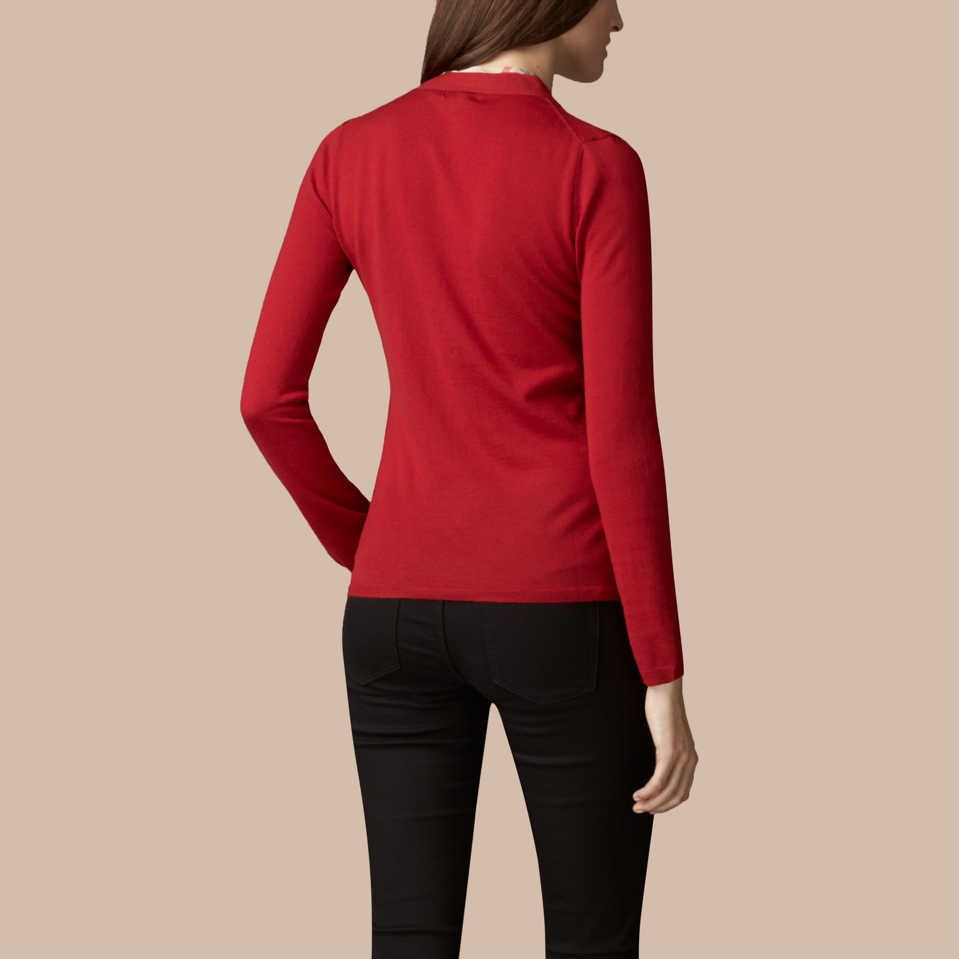 Rosso militare Cardigan in lana con paramontura con motivo check Rosso Militare - immagine della galleria 3