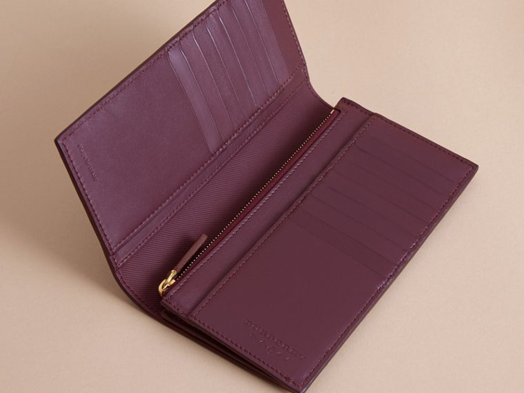 Trench Leather Continental Wallet in Wine - Men | Burberry - cell image 4