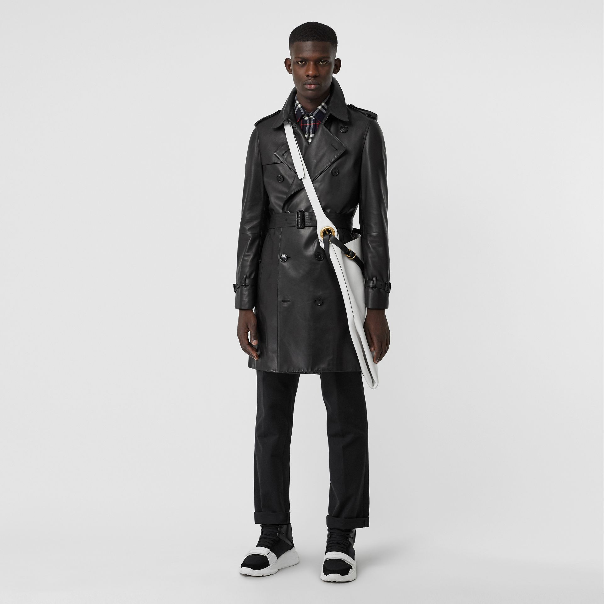 Lambskin Trench Coat in Black - Men | Burberry Hong Kong - gallery image 5