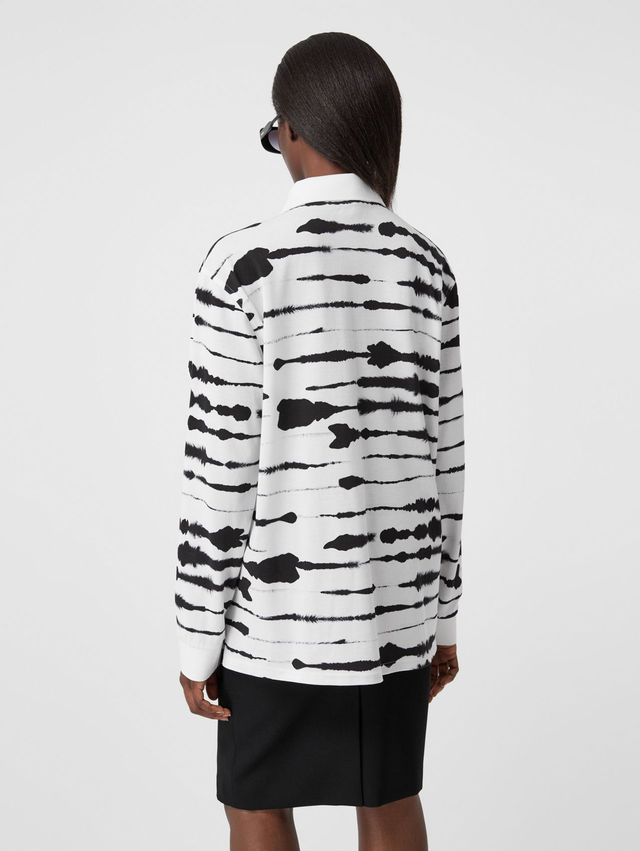Cut-out Sleeve Watercolour Print Cotton Polo Shirt in Monochrome