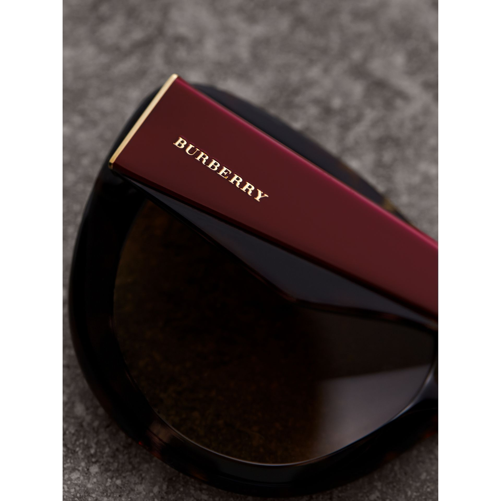 Round Frame Sunglasses in Burgundy - Women | Burberry Canada - gallery image 1