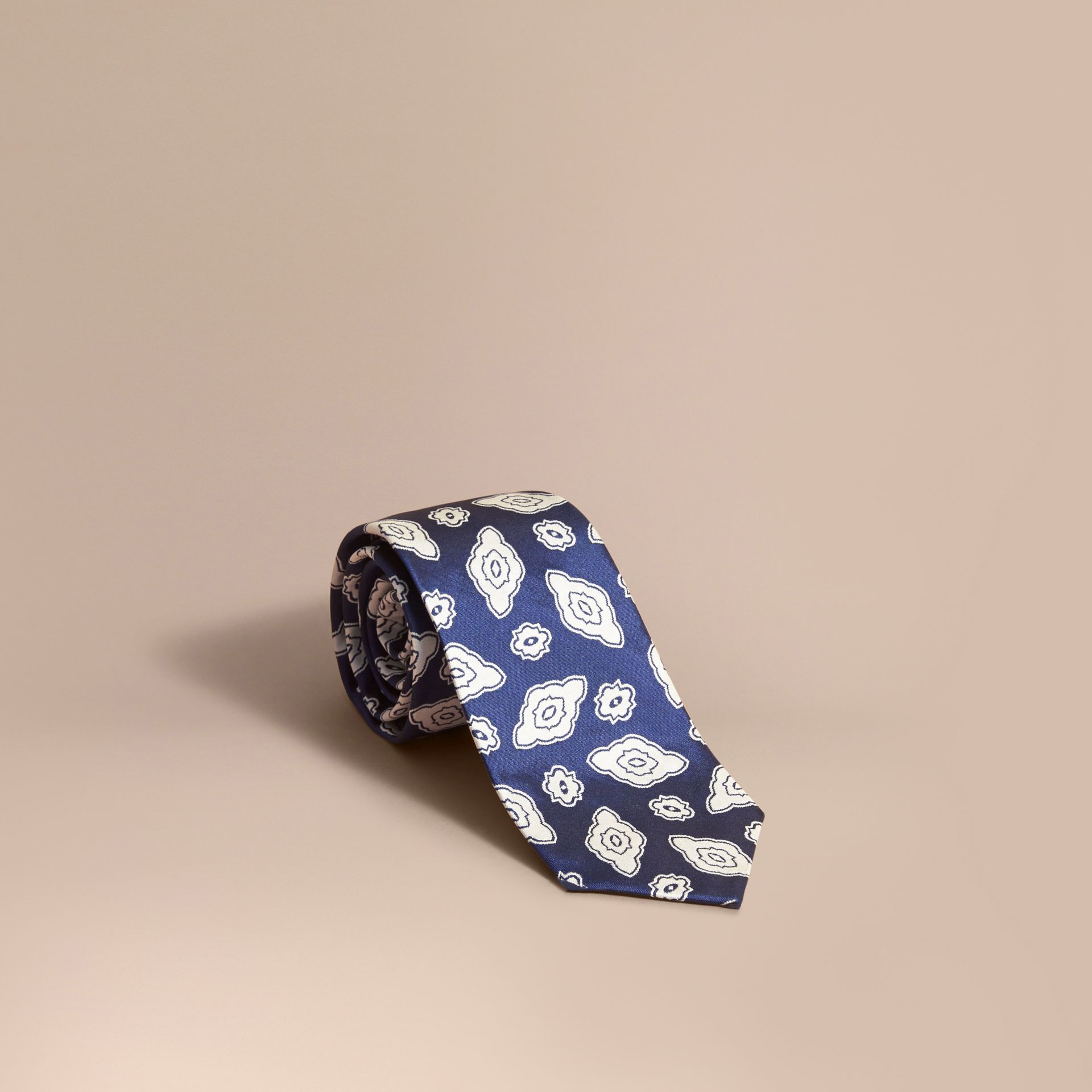 Modern Cut Silk Geometric Jacquard Tie in Brilliant Blue - gallery image 1