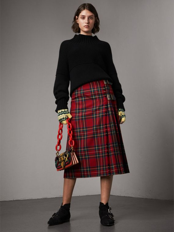 Tartan Wool Kilt in Bright Red