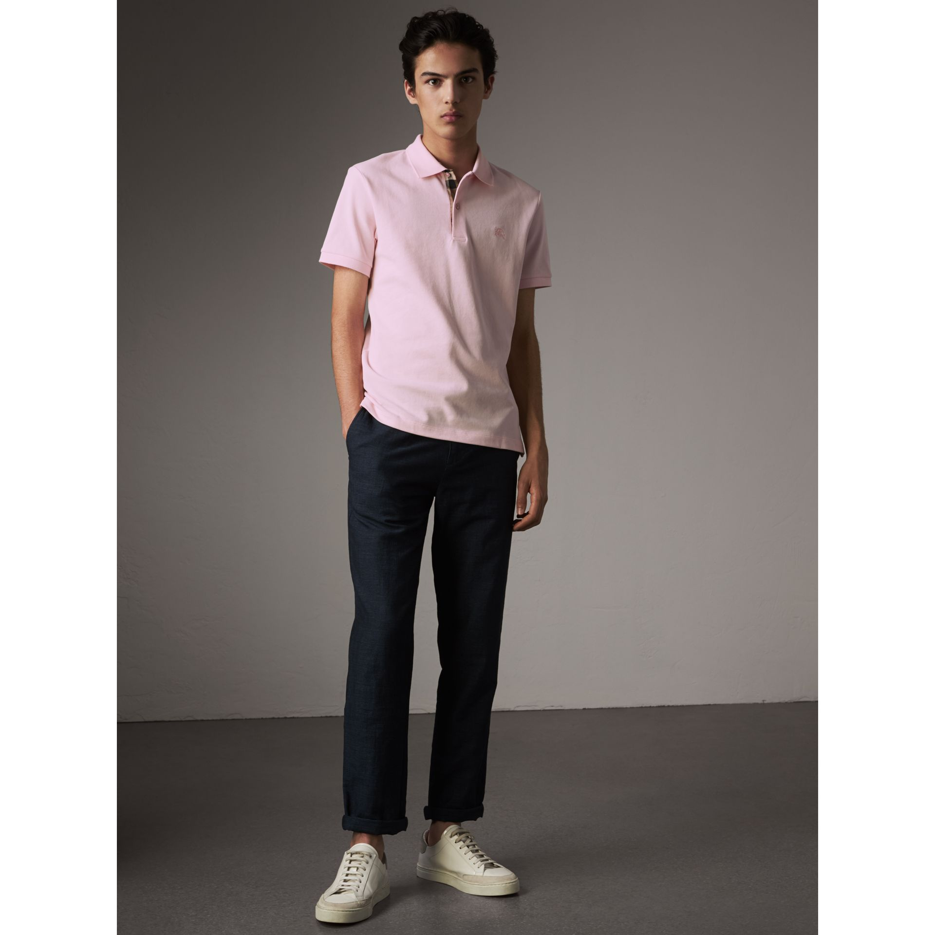 Polo en piqué de coton avec patte à motif check (Rose Dragée) - Homme | Burberry - photo de la galerie 5