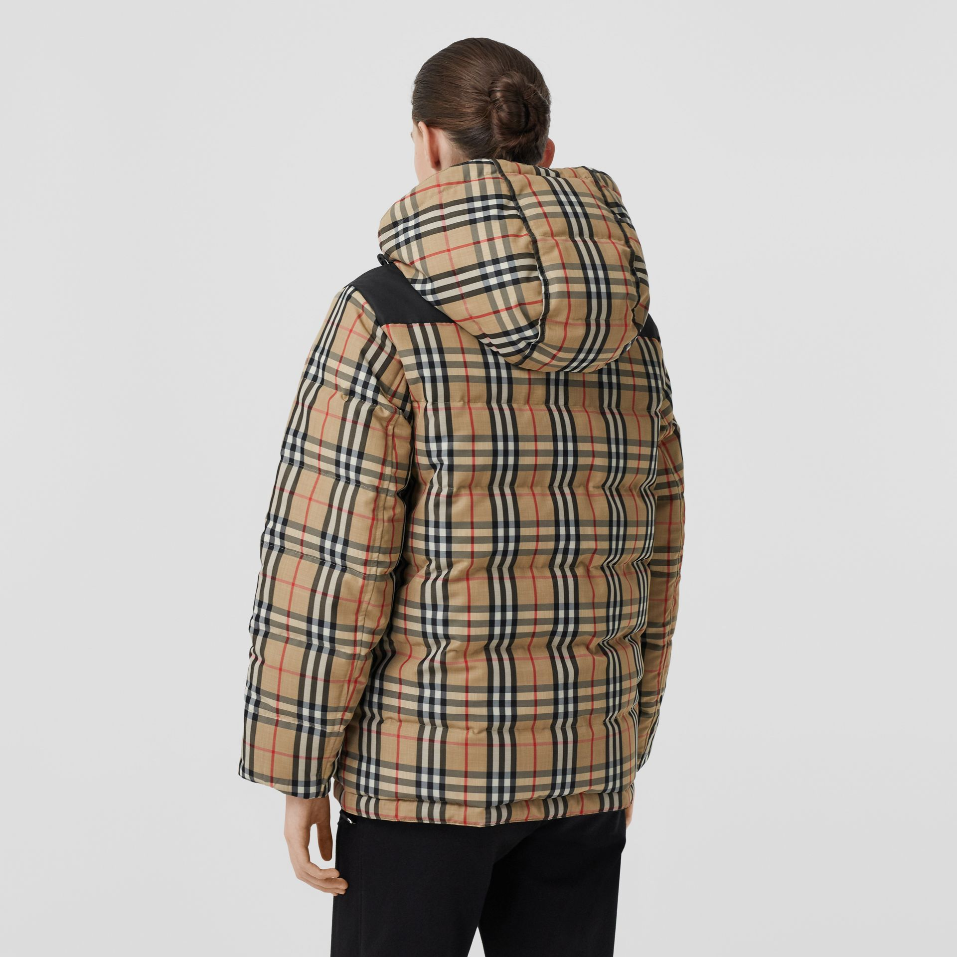 Reversible Vintage Check Recycled Polyester Jacket in Archive Beige - Women | Burberry - gallery image 6