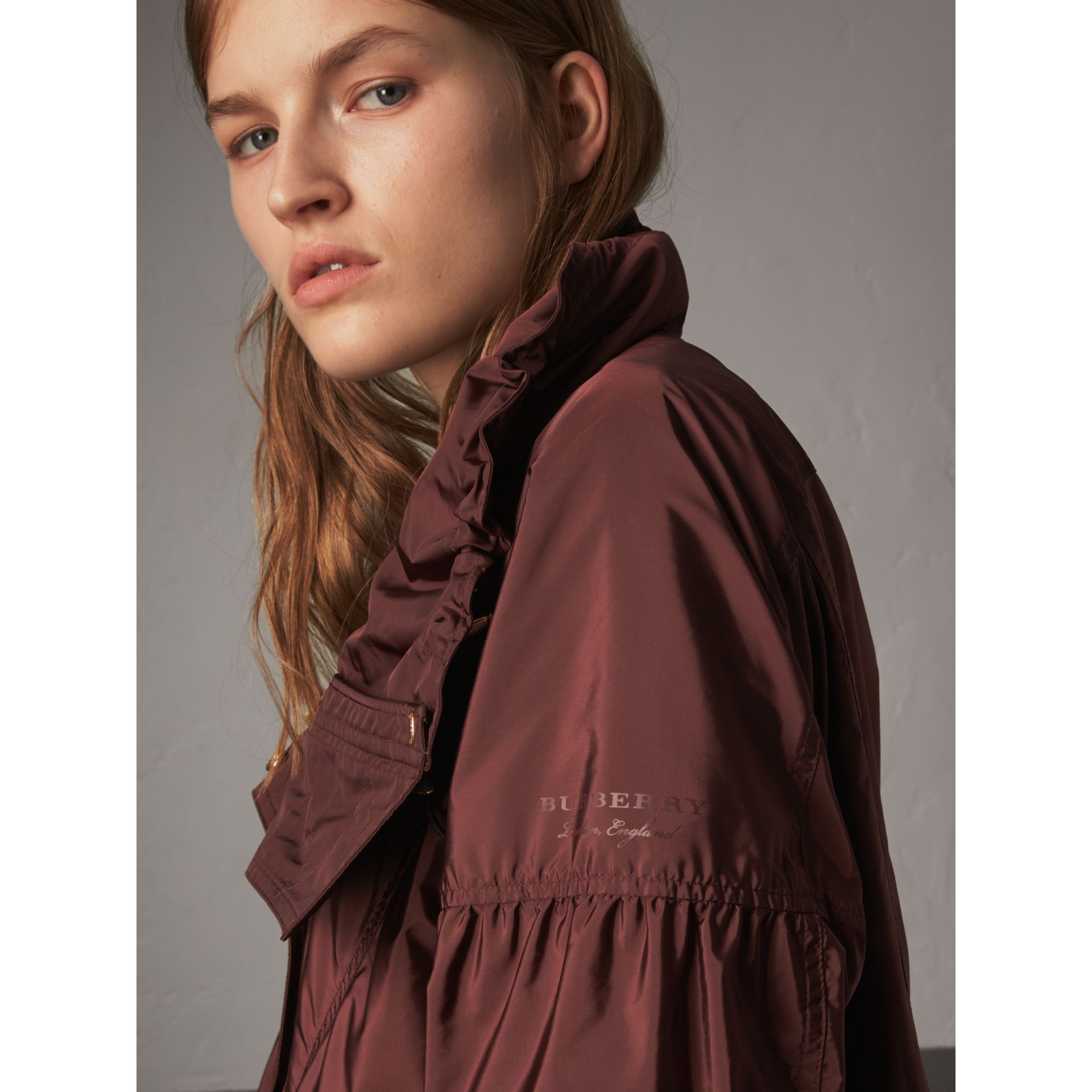 Packaway Hood Lightweight Rain Jacket in Deep Burgundy - Women | Burberry - gallery image 2